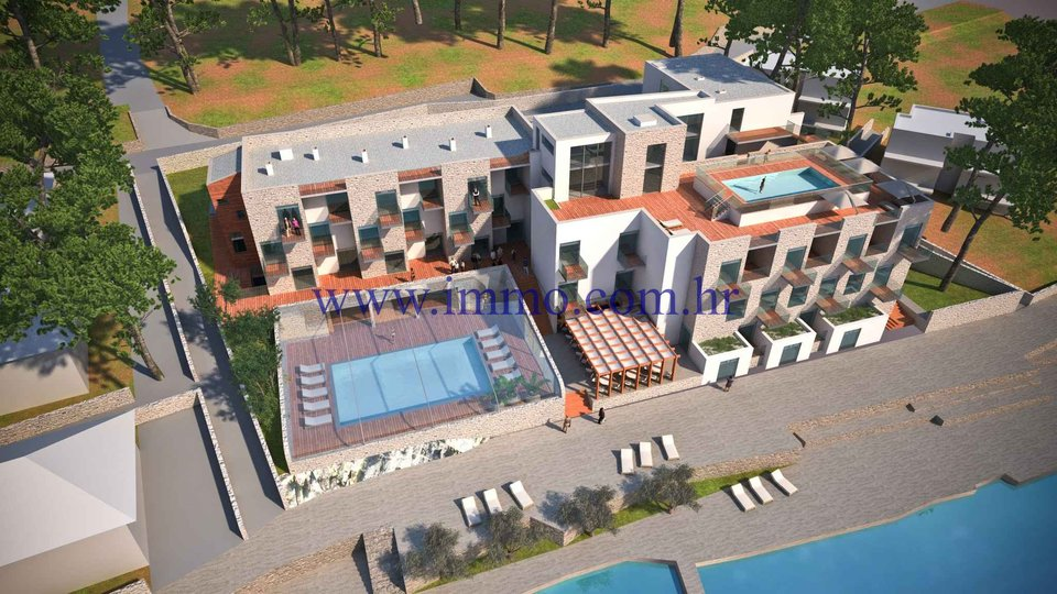 ROGOZNICA, HOTEL WITH DESIGN AND PERMITS FOR RECONSTRUCTION