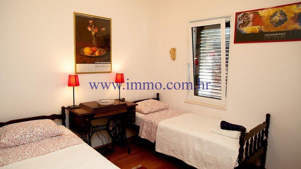 Hiša, 155 m2, Prodaja, Trogir