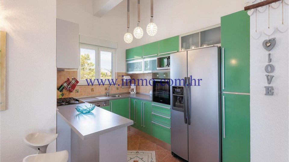 PODSTRANA, HOUSE WITH APARTMENTS AND BEAUTIFUL SEA VIEW