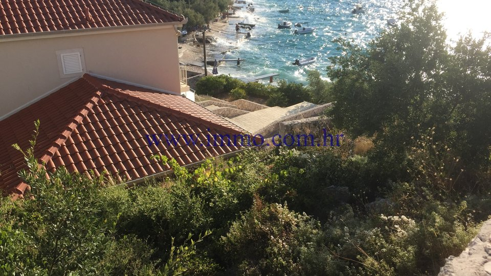FAMILY HOUSE FOR SALE, DIRECTLY ON THE BEACH, ROGOZNICA