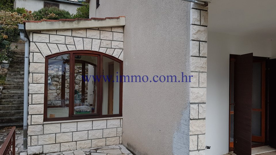 KORČULA, SEAFRONT HOUSE FOR SALE