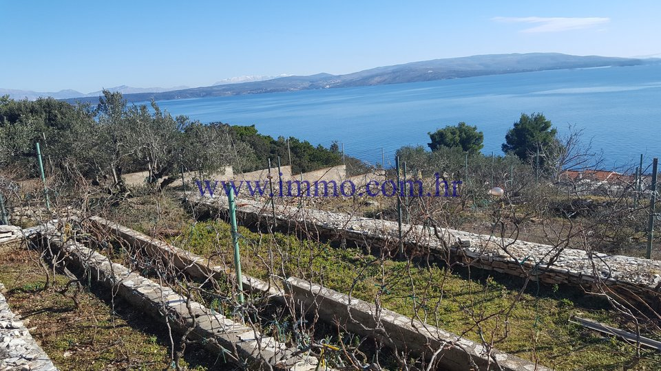 ŠOLTA, BUILDING PLOT WITH GORGEOUS SEA VIEWS FOR SALE