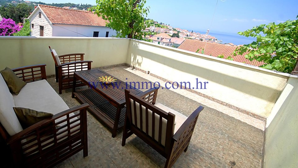 BRAČ, LOVELY HOUSE WITH SWIMMING POOL