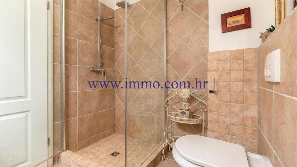 Casa, 160 m2, Vendita, Trogir - Čiovo
