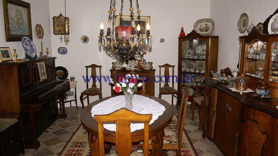 Casa, 830 m2, Vendita, Orebić