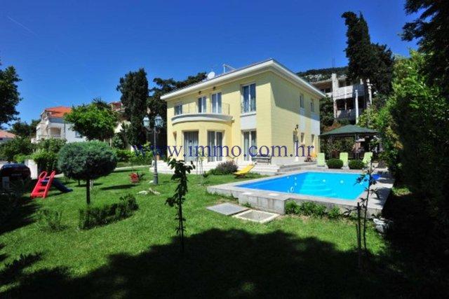 Hiša, 250 m2, Prodaja, Split - Meje