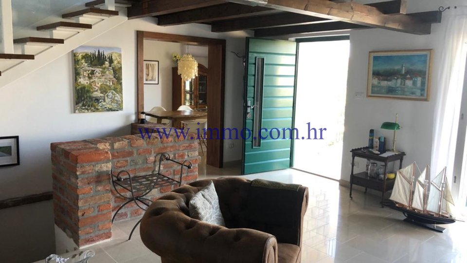 BRAČ, BEAUTIFUL VILLA/STONE HOUSE WITH POOL AND PANORAMIC SEA VIEW, NEAR THE BEACH
