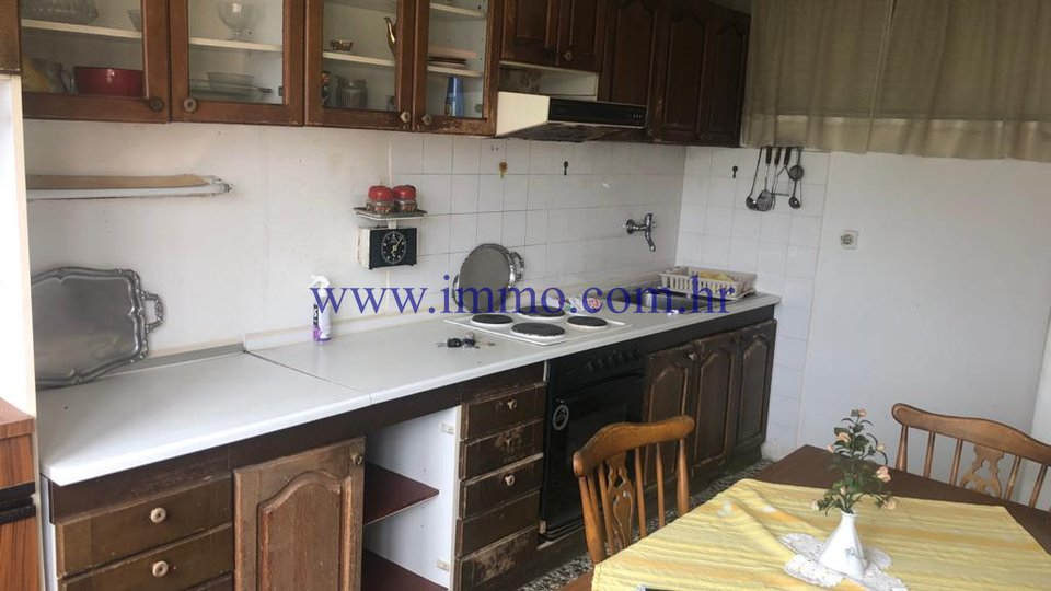 APARTMENT IN AN ATTRACTIVE LOCATION, NEAR FIRULA HOSPITAL
