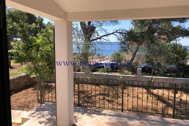 BEAUTIFUL HOUSE NEAR THE SEA ON THE ISLAND OF CIOVO