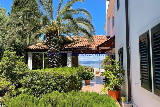 Haus, 600 m2, Verkauf, Sutivan