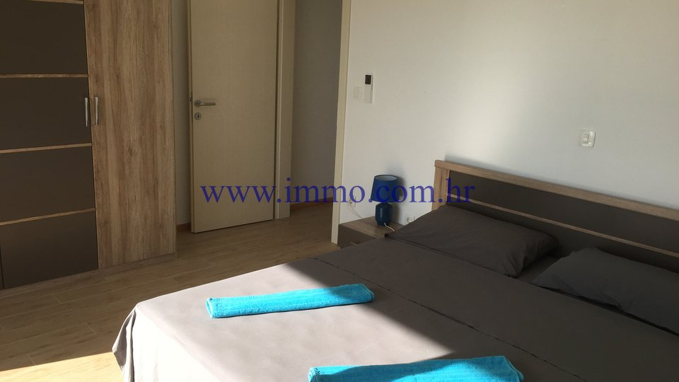 Hiša, 240 m2, Prodaja, Trogir