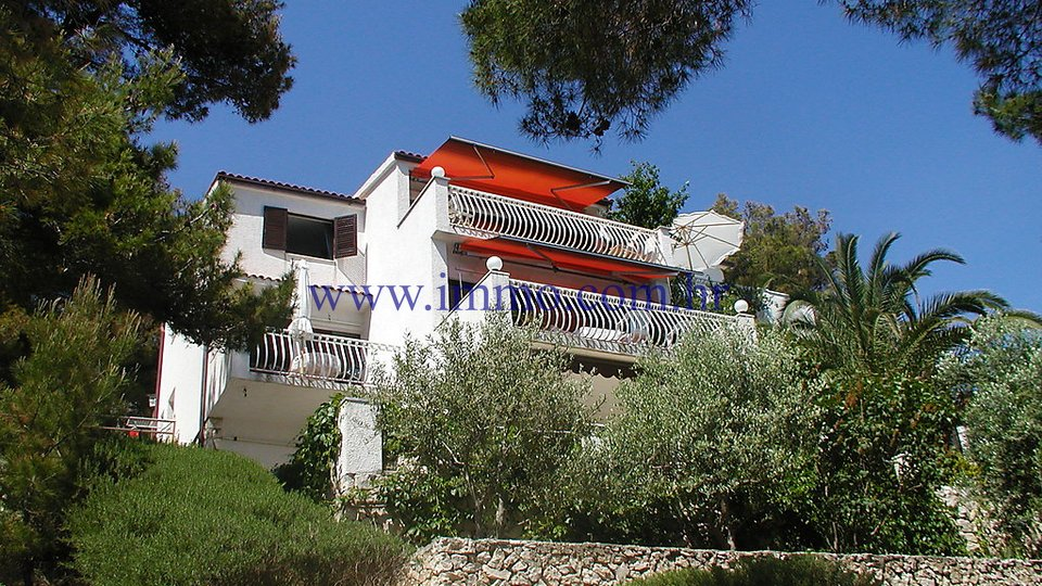 VILLA WITH SWIMMING POOL, NEAR TROGIR, FIRST ROW TO THE SEA!