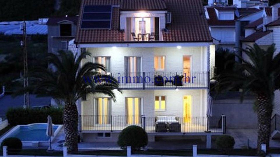 Casa, 336 m2, Vendita, Podstrana