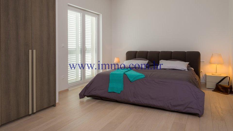 Casa, 360 m2, Vendita, Trogir - Trogir