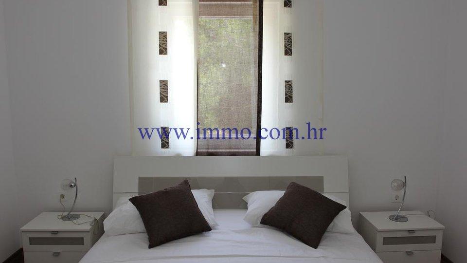 Hiša, 225 m2, Prodaja, Postira