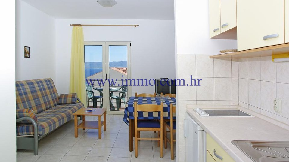 BRAČ, HOUSE WITH 20 APARTMENTS, HIGH RENTAL POTENTIAL