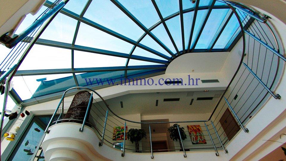 Uffici, 2079 m2, Vendita, Šibenik