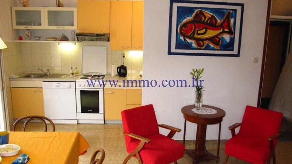 Hiša, 180 m2, Prodaja, Postira