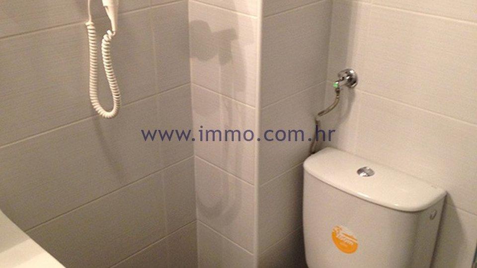 Hotel, 500 m2, Prodaja, Murter