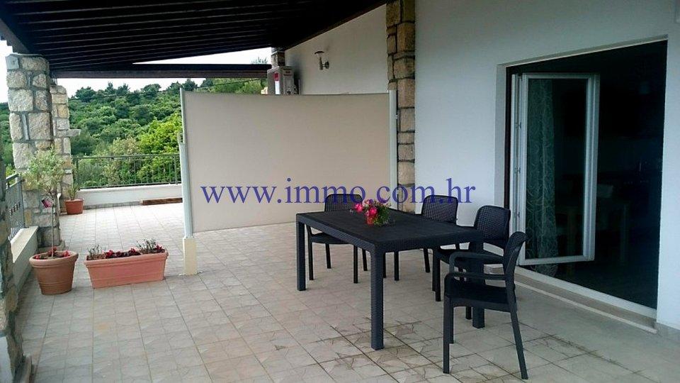 Hiša, 429 m2, Prodaja, Šolta - Rogač
