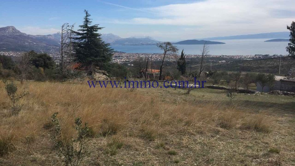 KAŠTELA, AGRICULTURAL LAND FOR SALE, EXCELLENT LOCATION