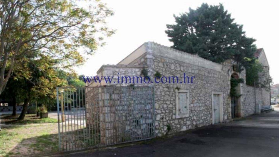 Pisarne, 1200 m2, Prodaja, Šibenik